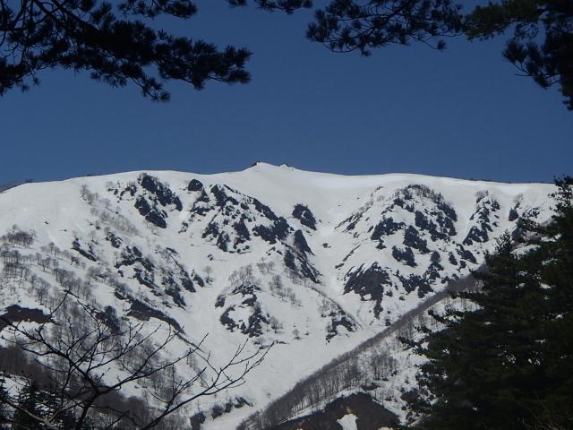 1.7三岩岳が見えた.JPG